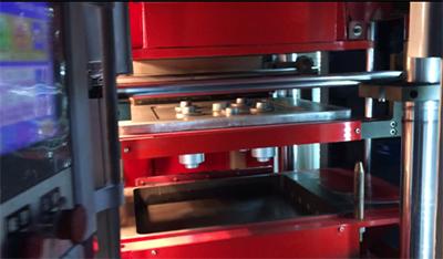 机械配件铸造造型视频,铸造机视频,全自动造型机视频