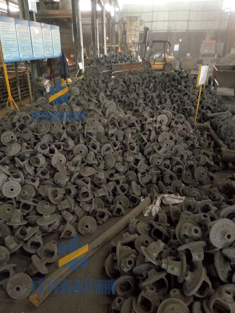 使用中铸造型机生产的减速机壳